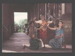 088650 SIAM THAILAND Vientiane Dancers From National Ensemble - Asia