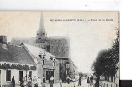 HUISSEAU EN BEAUCE   PLACE DE LA MAIRIE  PERSONNAGES       DEPT 41 - Altri Comuni