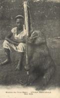 Missions Des Pères Blancs AFRIQUE EQUATORIALE  Deux Amis Gorille Et Jeune Homme  RV - Missions