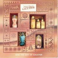 """RARE Carte à Rabat 5 X 5 Jean-Paul GAULTIER """"CLASSIQUE """" & """"LE MALE"""" - Perfume Card USA - Cartes Parfumées"""