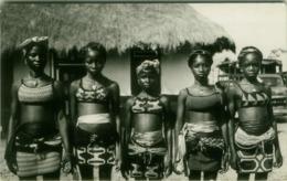 AFRICA - LIBERIA - FANCING GIRLS OF SANDE - EDIT MODERN ART CENTER - RPPC POSTCARD - STAMP- 1950s/60s (5427) - Liberia