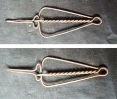 2  Brucelles Ou Crécelles De Bijouterie, Ancienne - Juwelen & Horloges