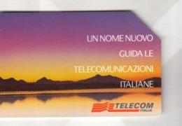 ITALIA ITALY SCHEDA TELEFONICA CARTA DI CREDITO TELECOM UN NOME NUOVO GUIDA LE TELECOMUNICAZIONI ITALIANE USATA LIRE5000 - Italie