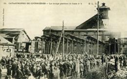 CATASTROPHE DE COURRIERES - La Troupe Gardant La Fosse N°4 - Otros Municipios