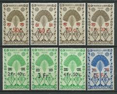 MADAGASCAR 1945 . Série N°s 290 à 297 . Neufs ** (MNH) . - Madagascar (1889-1960)