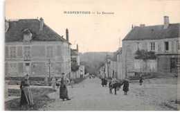 77 . N° 101279  .mauperthuis .la Descente    . - Autres Communes