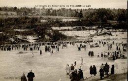 25 .20525 .villers Le Lac .le Doubs En Hiver .patinoire . - France