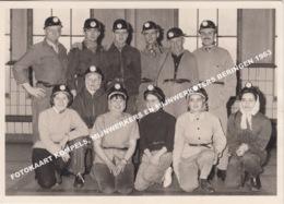 GEVAERT FOTOKAART KOMPELS MIJNWERKERS EN MIJNWERKSTERS BERINGEN 1963 - Beringen