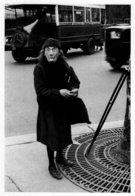 60089 CPM Vie Quotidienne - Dans La Rue Priseuse, Clocharde Aux Grimaces Paris 1931 - Non Classificati