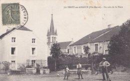 LA FERTE Sur AMANCE - Un Coin De La Place Avec Homme Et Enfants - A Voir 2 Scans - Frankreich