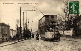 CPA ROSNY-sous-BOIS La Station Du Tramway. (509649) - Rosny Sous Bois