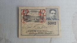 ANTIQUE PORTUGAL SEASON TICKET PASSE CARRIS DE FERRO DE LISBOA 2ª CLASSE 1942 - Abonos