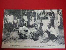 LAOS CHANTEUSE ET MUSICIENS LAOTIENS KHONG - Laos