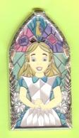 Pin's Disney Alice Au Pays Des Merveilles (Verre Coloré) - #045 - Disney