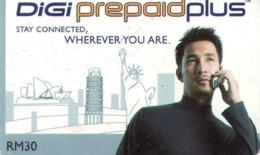 MALASIA. ESTATUA DE LA LIBERTAD Y MONUMENTOS. Man With Mobile Phone 2. 30RM. MY-DIGI-020. (001) - Malasia