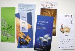 6 Documents Touristiques PROVENCE Tricastin Montélimar Avignon /Sienne Ver à Soie  **/P111e - Dépliants Turistici