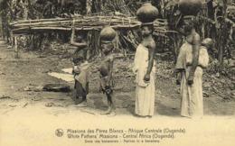 Missions Des Pères Blancs Afrique Centrale ( Ouganda ) Dans Une Bananeraie RV - Oeganda
