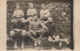 H17- CARTE PHOTO FAITE LE 25 MARS 1916 - CASSE FUSILIER MITRAILLEUR ET SES COPAINS DU 44° COLONIAL GRENADIERS - 2 SCANS) - Regiments