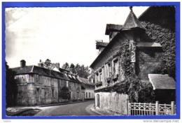 Carte Postale 27.  Acquigny  Rue A. Briand Trés Beau Plan - Acquigny