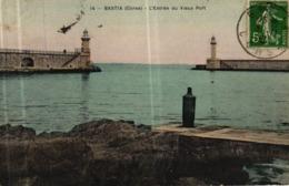 BASTIA -20- L'ENTREE DU VIEUX PORT - Bastia