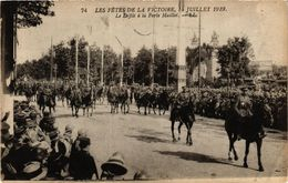 CPA Militaire, Les Fetes De La Victoire - Le Defile A La Porte Maillot (278533) - Regiments
