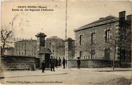 CPA Militaire, Saint-Mihiel - Entree Du 150 Regiment D'infanterie (278589) - Regiments