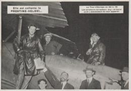 . PHOTO DE PRESSE  17,7   Cm X 12,5   Cm   LES AVIATEURS ARRACHART ET CAROL - 1919-1938: Entre Guerres