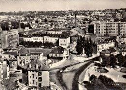 Dep 77 , Cpm MONTEREAU , 32 , Place Jacques Lepesme Et Vue Panoramique (12471) - Montereau