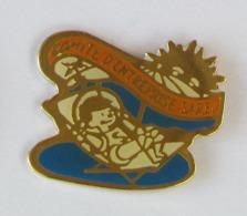 1 Pin's COMITE D'ENTREPRISE SAREL - Associations