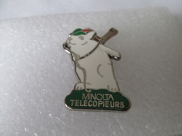 PIN'S    MINOLTA   TELECOPIEURS  Zamak - Computers