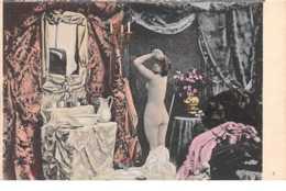 Nus . N° 52163 . Femme Seins Nus Devant Miroir. - Nus Adultes (< 1960)