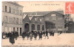 27 LOUVIERS - L'établissement Breton - La Sortie Des Ouvriers - Louviers