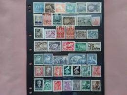 POLONIA - Anni 1937/50 - Lotticino 42 Francobolli Differenti Nuovi */** + Spese Postali - Ungebraucht