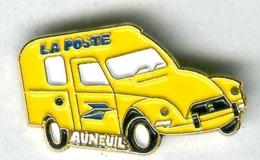 Pin's Citroën 2 Chevaux 2CV Dyane Diane La Poste Auneuil - Citroën