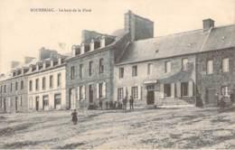 22 - Bourbriac - Le Haut De La Place (hotel Des Voyageurs) - Other Municipalities