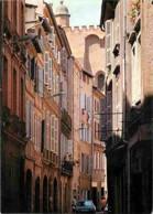 31 - Toulouse - Une Petite Rue Dont L'harmonie Des Façades De Brique Est Typiquement Toulousaine - Automobiles - Voir Sc - Toulouse