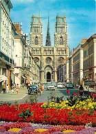 45 - Orléans - La Rue Jeanne D'Arc - La Cathédrale Sainte Croix - Automobiles - Fleurs - Voir Scans Recto-Verso - Orleans