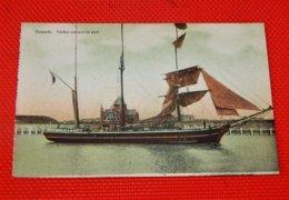 OOSTENDE -  OSTENDE  -  Voilier Entrant Au Port - Oostende