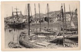 CPA 44 - PORNIC (Loire Atlantique) - 9. Le Port à Marée Haute - Pornic