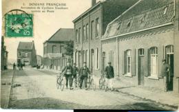 Douane Française. Arrestation De Cyclistes Fraudeurs, Rentrée Au Poste. - Nord-Pas-de-Calais