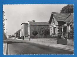 95  - BEAUMONT-SUR-OISE - RUE ANATOLE FRANCE - ED. COLLIN - Beaumont Sur Oise