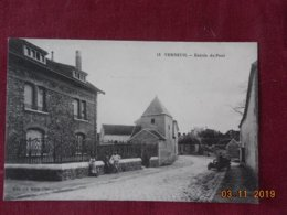 CPA - Verneuil - Entrée Du Pont - Verneuil-sur-Avre