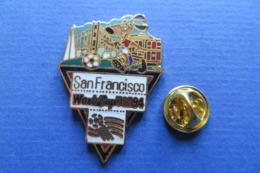 Pin's,Sport,WORLD CUP USA 94,SAN FRANCISCO,mascotte,ball,soccer,ville - Football