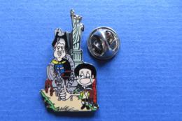 Pin's,BD,ville,USA,NEW YORK,LIBERTY,President Carter,limité Nr.009 - Pin's