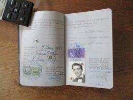 TIMBRES FISCAUX 2000 FRANCS + 400 FRANCS ET 32 FRANCS SUR PASSEPORT DU 8 JUIN 1957 - Steuermarken