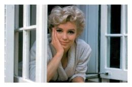 Marilyn Monroe Postcard (1117) - Publisher Pyramid Year 2011 - Size 9x14 Cm. Aprox. - Mujeres Famosas
