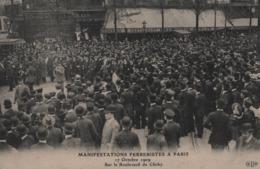 17 Octobre 1909 - Manifestations Ferreristes à Paris  Sur Le Boulevard De Clichy-ANIMÉE - Restaurant Wepler - - France