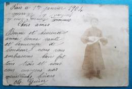 CPA - Carte Photo Jeune Fille Jouant De La Mandoline - Voeux Pour 1904 Adressés à Mr Et Mme DHEURLE Deam Street LONDON - New Year