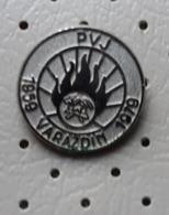 Fireman / Firefighter Helmet Fire Brigade PVJ Varazdin Croatia Ex Yugoslavia Pin - Brandweerman