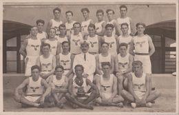 TOULON - Carte Photo D'une Equipe Sportive Ayant Remporté Le Challenge Des 21 En Août 1928. - Toulon